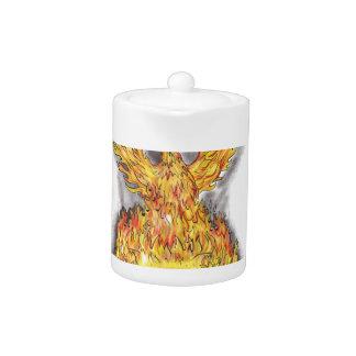 Phoenix se levant au-dessus du tatouage brûlant de