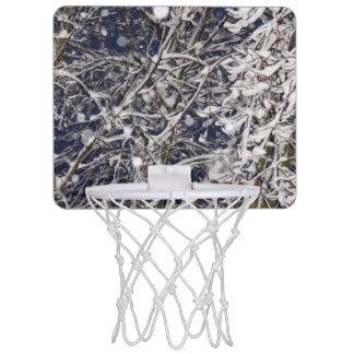 Photo d'arbre de tempête de neige mini-panier de basket