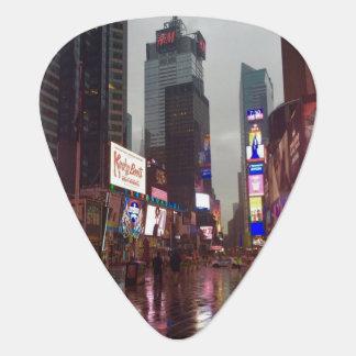 Photo de jour pluvieux du Times Square NYC New Onglet De Guitare