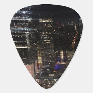 Photo de Manhattan d'horizon de la nuit NYC de New Onglet De Guitare