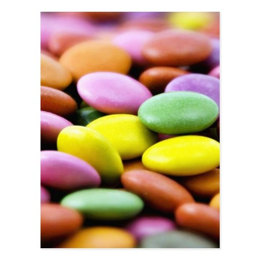 Photo détaillée des bonbons colorés de chocolat cartes postales