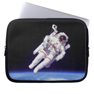 Photo d'orbite terrestre de Spacewalk de Jetpack Protection Pour Ordinateur Portable
