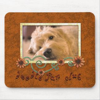Photo faite sur commande de chien de club de fan tapis de souris