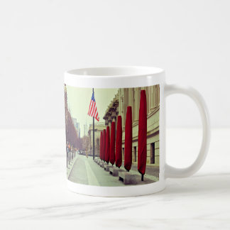 Photo métropolitaine de rue de Musée d'Art Mug Blanc