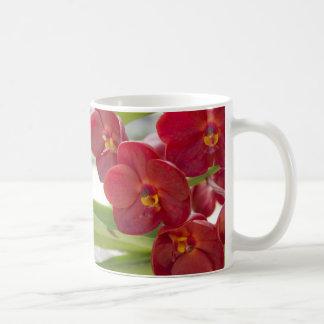 Photo rouge élégante d'orchidées mug