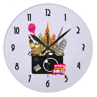 Photographe européen de voyage de points de repère grande horloge ronde
