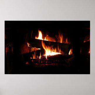 Photographie chaude de scène d'hiver de cheminée affiches