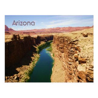 Photographie de paysage de style d'affiche de carte postale