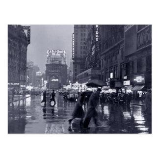 Photographie : les années 1940 NYC sous la pluie Carte Postale