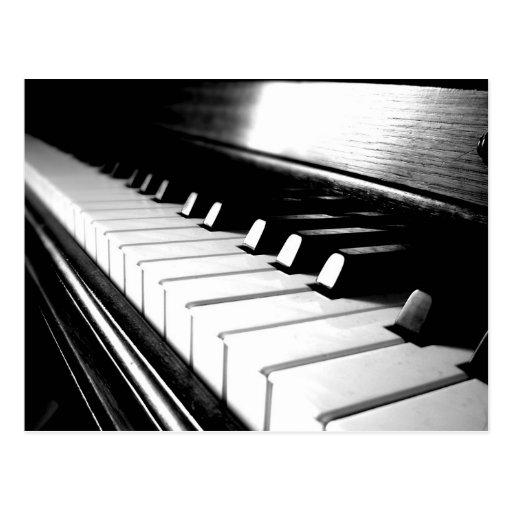 Photographie noire et blanche chique de piano cartes postales