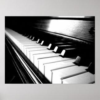 Photographie noire et blanche chique de piano poster