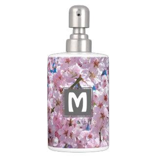 photographie rose élégante d'arbre de fleurs de accessoires de salle de bains