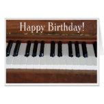 Piano de joyeux anniversaire carte