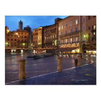 Piazza Del Campo au crépuscule, Sienne Cartes Postales