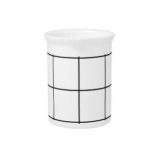 Pichet grille noire,    arrière - plan blanc