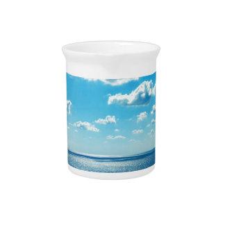 Pichet Rayons au-dessus de la mer