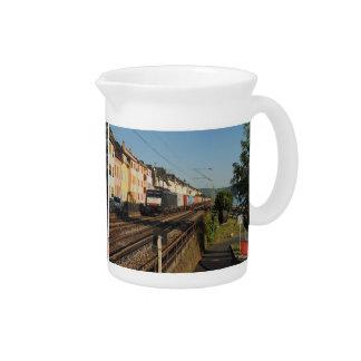 Pichet Train de marchandises dans les Lorchhausen au Rhin
