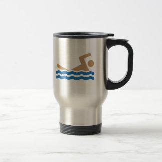 Pictographe d'icône de natation en couleurs mug de voyage