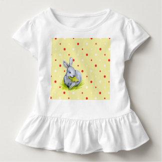 Pièce en t blanche mignonne de ruche d'enfant en t-shirt pour les tous petits