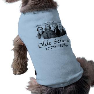 Pièce en t d'antan de chienchien d'école t-shirt pour chien