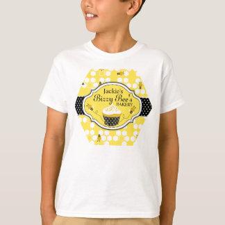 Pièce en t de boulangerie de petit gâteau t-shirt