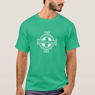 Pièce en t de crête du football de l'Irlande du T-shirt