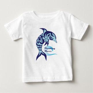 Pièce en t de dauphin de vagues de rupture t-shirt pour bébé