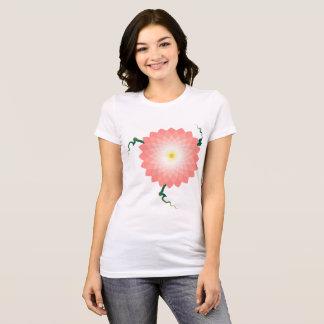 pièce en t de fleur t-shirt