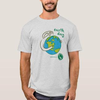 Pièce en t de jour de la terre de paresse t-shirt