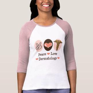 Pièce en t de raglan de dermatologie d'amour de t-shirt
