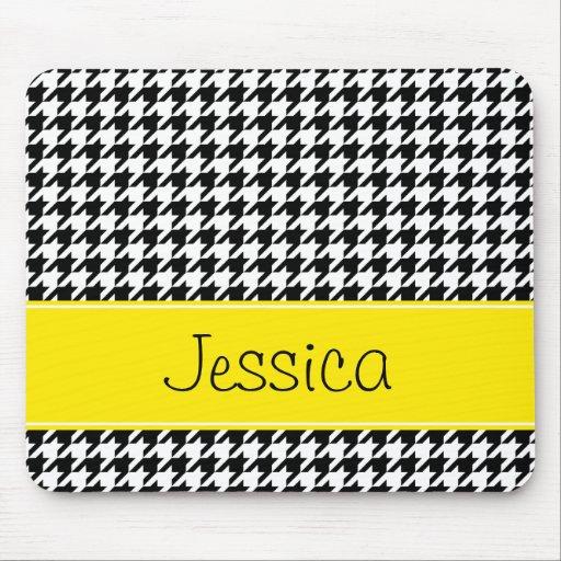 pied de poule jaune et noir de tres bon gout perso tapis With tapis de souris personnalisé avec acheter un bon canapé