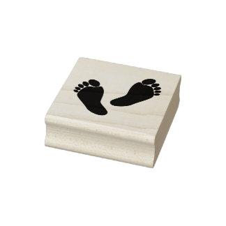 Pieds aux pieds nus mignons timbre d'encre de