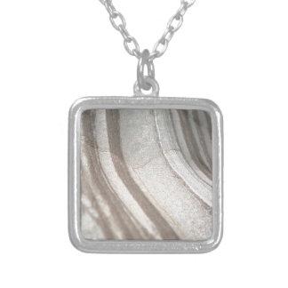 Pierre de plage pendentif carré