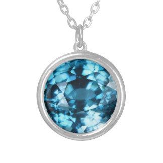 Pierre porte-bonheur bleue en cristal de décembre collier