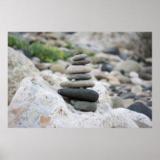 Pierres zen dans la plage d'Almeria Poster