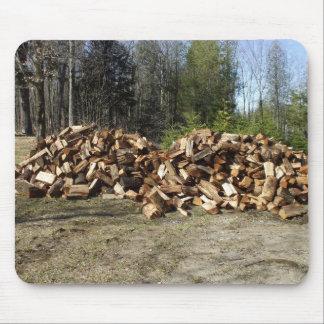 Pile de bois tapis de souris