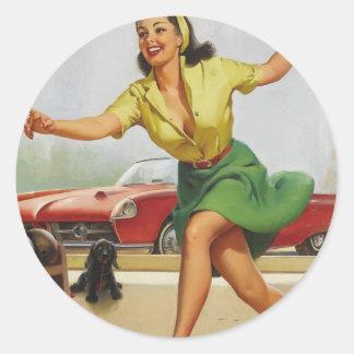 Pin de bowling vers le haut de fille adhésif rond