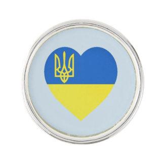 Pin de coeur de Tryzub d'Ukrainien Épinglette