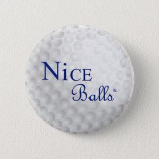 Pin gentil de boules badge