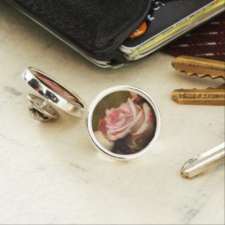Pin rose poussiéreux de revers pin's