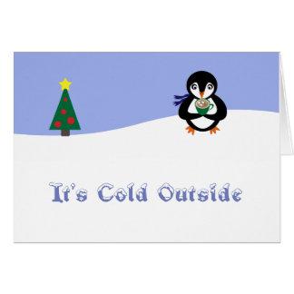 Pingouin avec la carte chaude de vacances de cacao
