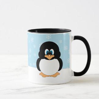 Pingouin avec la tasse de flocons de neige