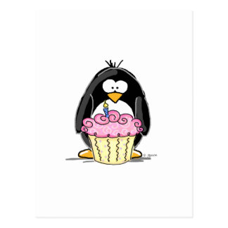 Pingouin d'anniversaire avec le petit gâteau carte postale