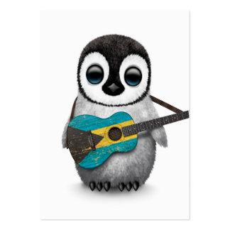 Pingouin de bébé jouant la guitare de drapeau des carte de visite