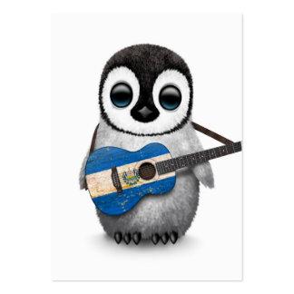 Pingouin de bébé jouant la guitare de drapeau du cartes de visite personnelles
