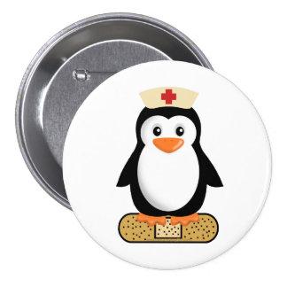 Pingouin d'infirmière (w/bandaid) badges
