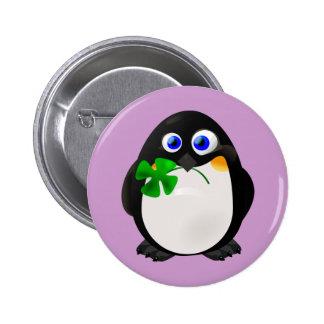 Pingouin du jour de St Patrick Badges