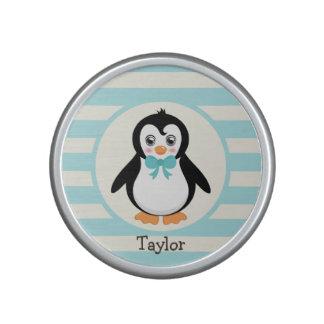 Pingouin mignon avec la turquoise Bowtie Haut-parleur Bluetooth