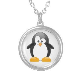 Pingouin mignon collier