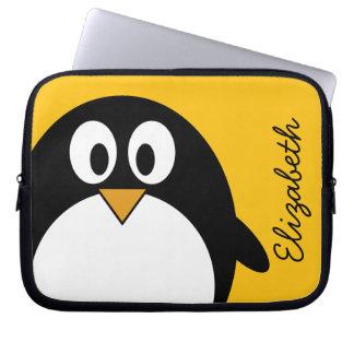 Pingouin mignon et moderne de bande dessinée housses ordinateur portable